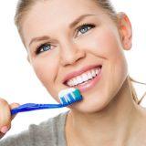 Club Dental Garantía de Clínica - Dentista de Confianza - Cepillado de Dientes