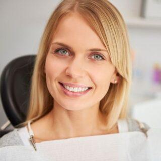 dientes depues de un implante dental