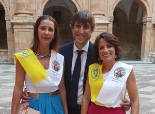 Dras Lucía Oviedo y Montse Hernández | dentistas de confianza con mas de 20 años de experiencia
