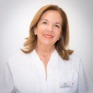 Dra. Pilar Villena | Clínica Villena | Dentistas de confianza en Tenerife