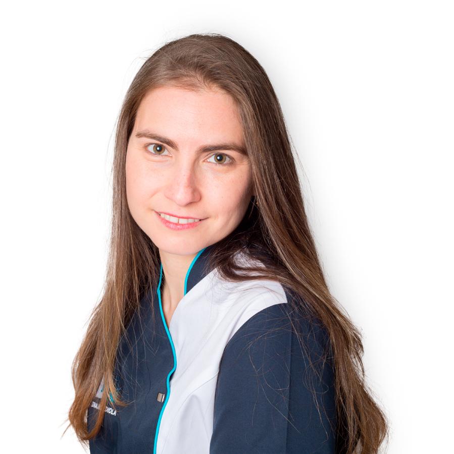 Gretel Irina Mendiola dentista en casarrubios y valmojado- clinica dalydent