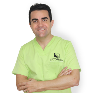 Dr. Javier Satorres | Clínica Satorres | dentista de confianza en Valencia